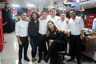 Londn-City-Barber-shop-en-Medellín-2