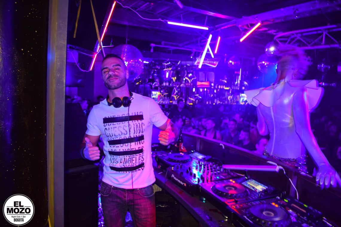 Mozo-Club-Bogotá-discoteca-gay-friendly-1