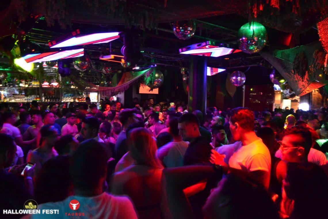 Mozo-Club-Bogotá-discoteca-gay-friendly-5