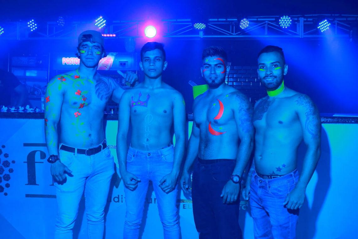 Flowers Auditorium Medellín guia gay (12)