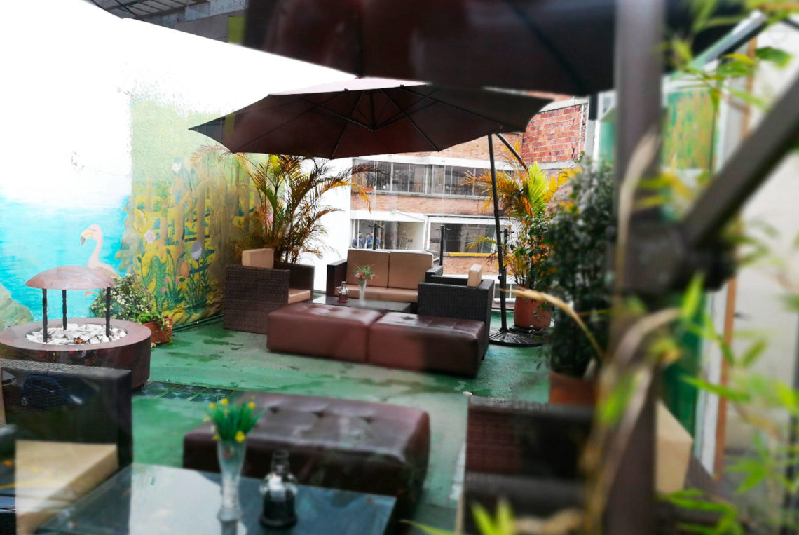 9-estacion-cafe-terraza-hotel-san-sebastian-bogota-chapigay-cafe-gay-universidad-konrad-lorenz-1920x1285
