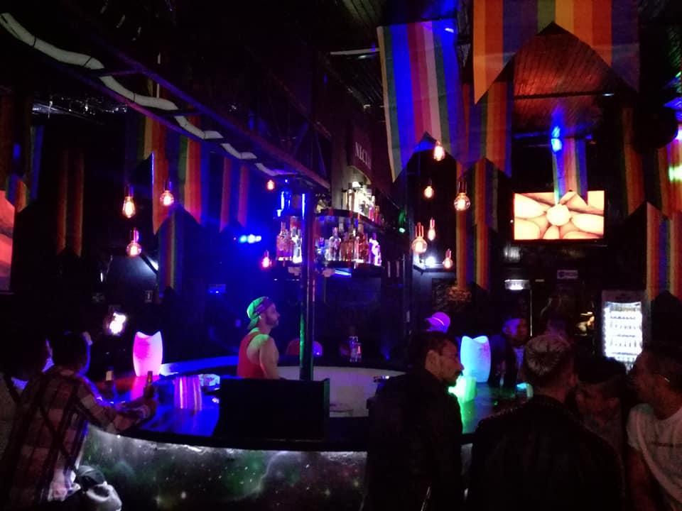 anonimos bar (3)