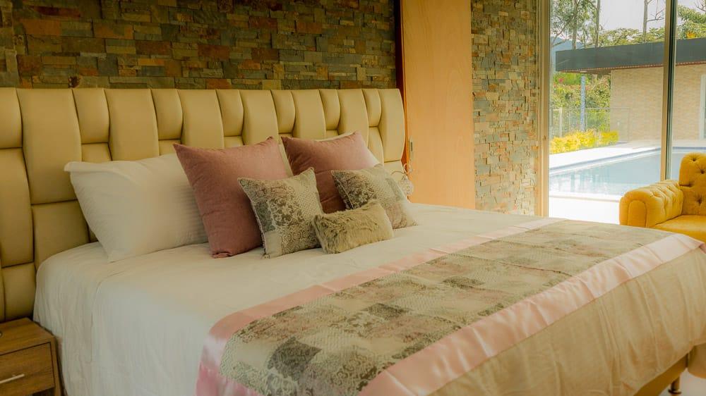 Libertg Hotel medellín Guia Gay (12)