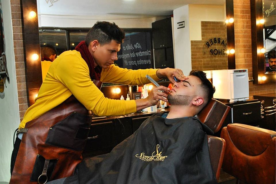 guia gay colombia - peluqueria diversa en bogota, estilista, hair, heel225